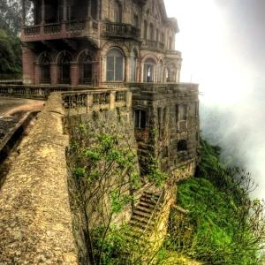 (c) desertedplaces.blogspot.com